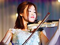 提琴在唱歌熠彤